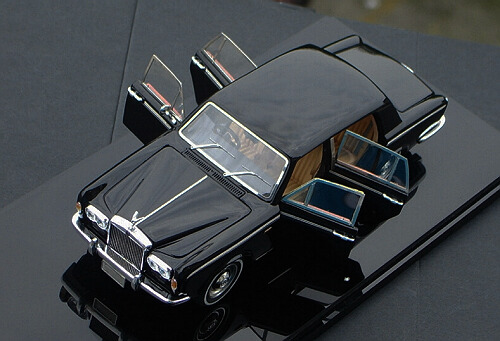 1/43 Rolls-Royce Silver Shadow 1965