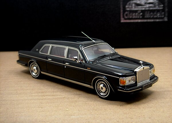 1/43 Rolls-Royce Silver Spur II Touring Limousine,Black
