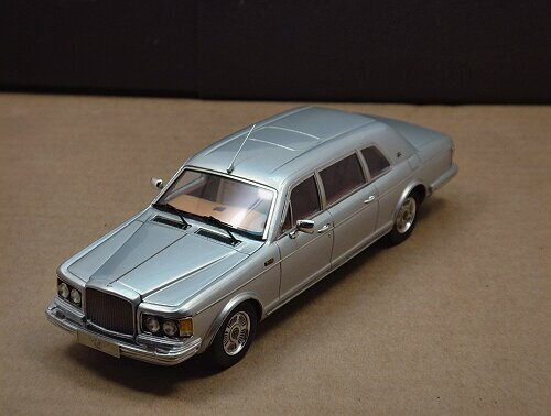 1/43 Bentley Touring Limousine 1994