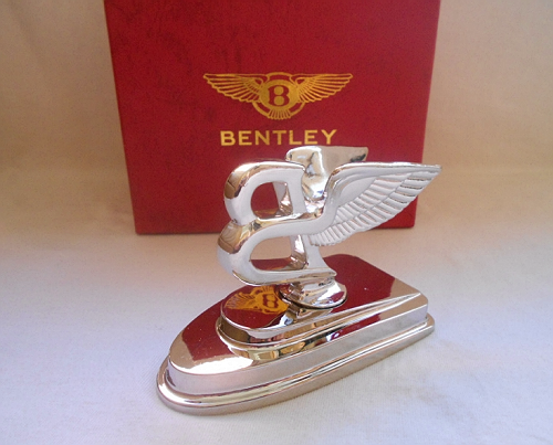 BENTLEY FLYING B mascot.